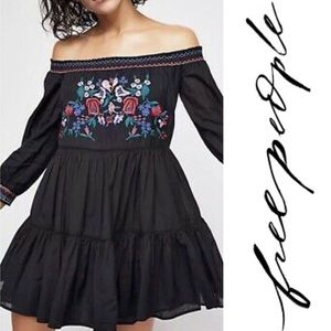 NWT Free People Embroidered Off-the-Shoulder, SM
